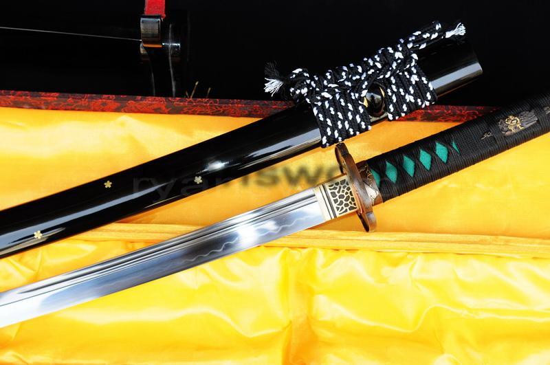 High Quality 1095carbon Steel Clay Tempered Japanese Samurai Sword Katana