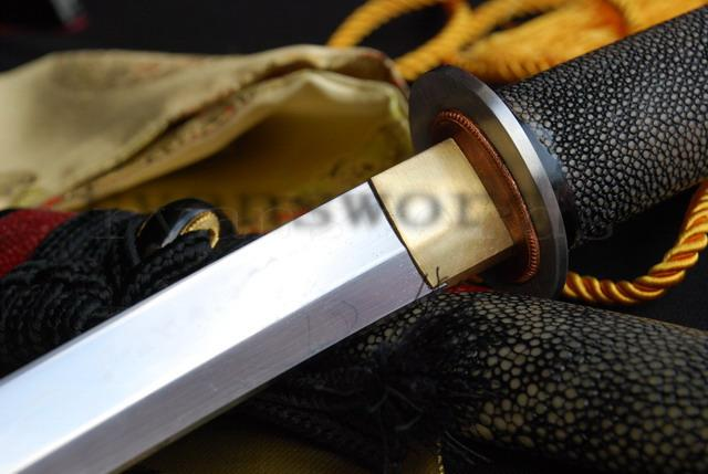 High Quality 1095 Carbon Steel Clay Tempered Full Ray Skin Saya Japanese Samurai Tanto Sword